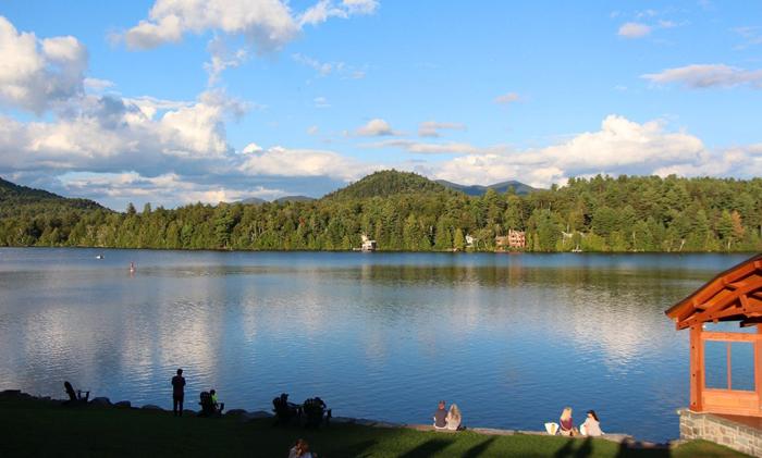 עיירת הסקי והונפש לייק פלסיד Lake placid