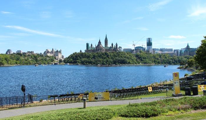 אוטווה בירת קנדה היא עיר יפה ונעימה