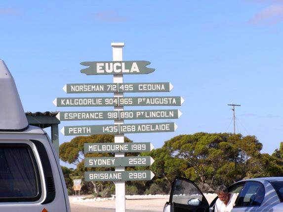 אוסטרליה, באמצע שום מקום