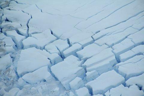 קרח נשבר באלסקה