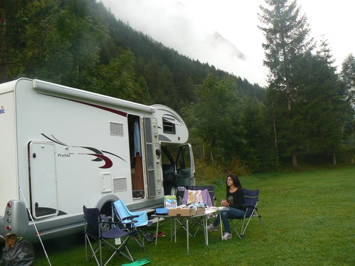 הקרוואן שלנו בקמפינג יפה באוסטריה