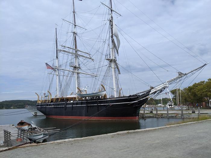 ספינה במוזיאון במיסטיק